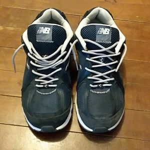 New Balance womans size 7 tennis shoes